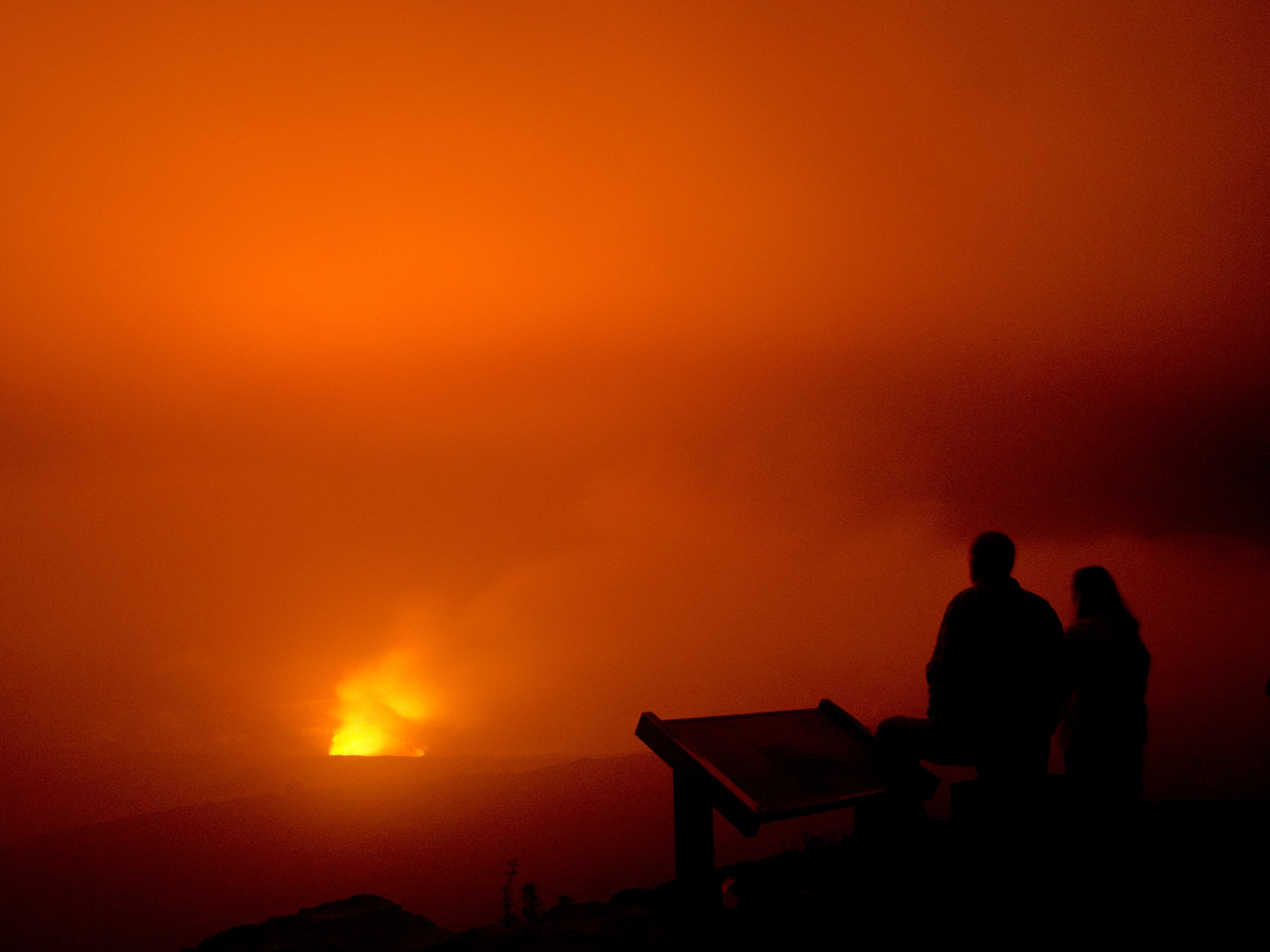 Kilauea shows off in Hawaii
