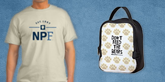 national park foundation gift collage with beige tee and Don't Feed the Bears lunch bag