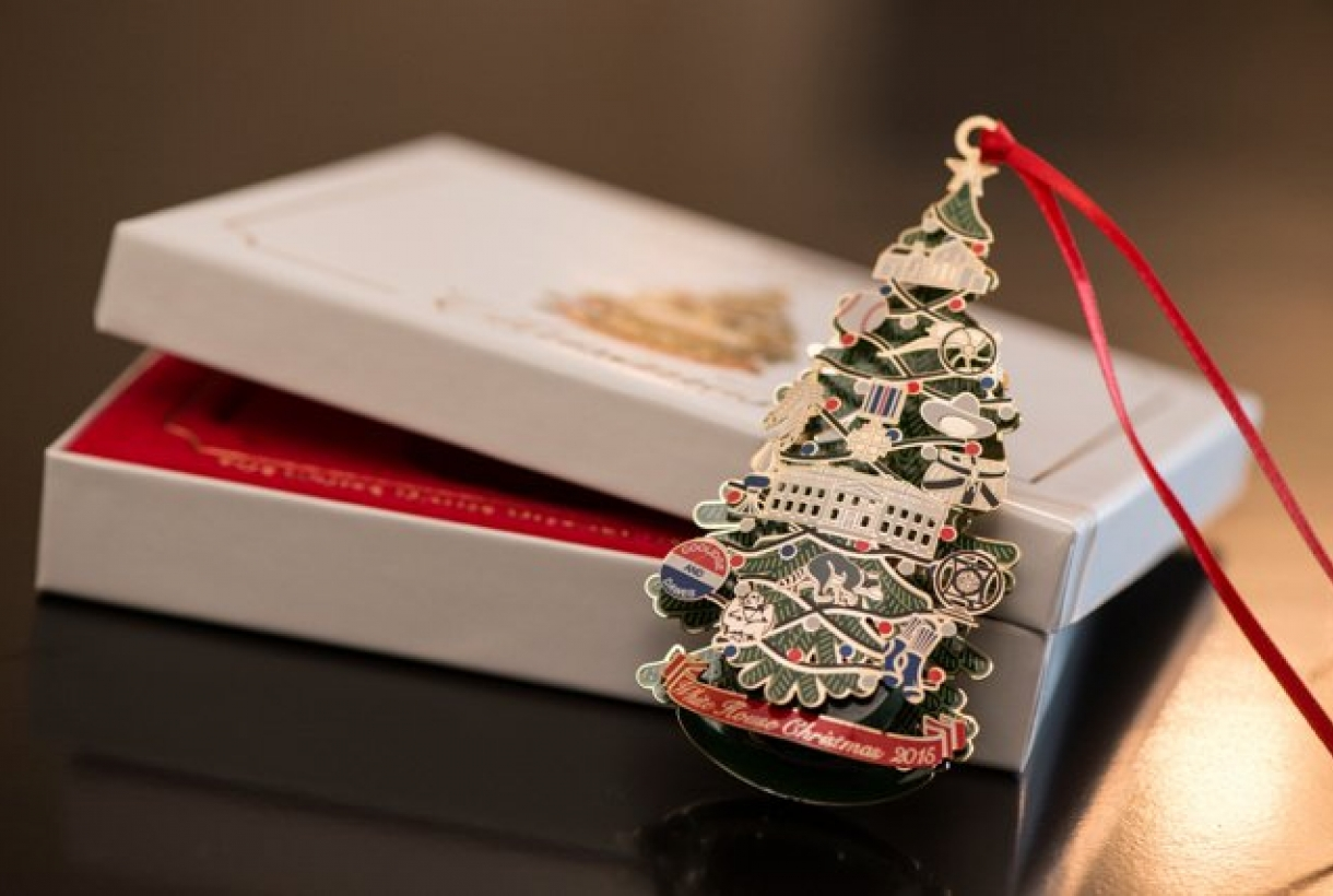White house christmas ornaments by year - The History Of The White House Christmas Ornament