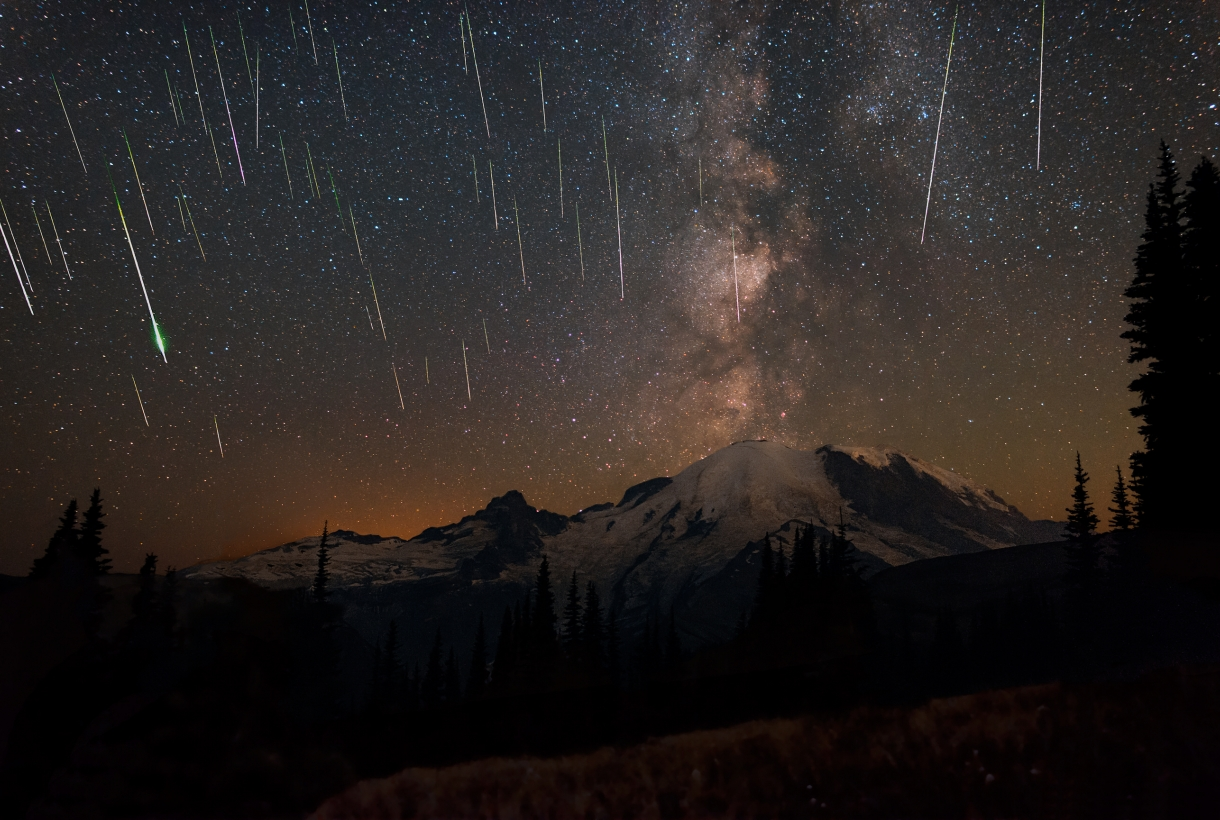 Perseids meteors over Mount Rainier National Park