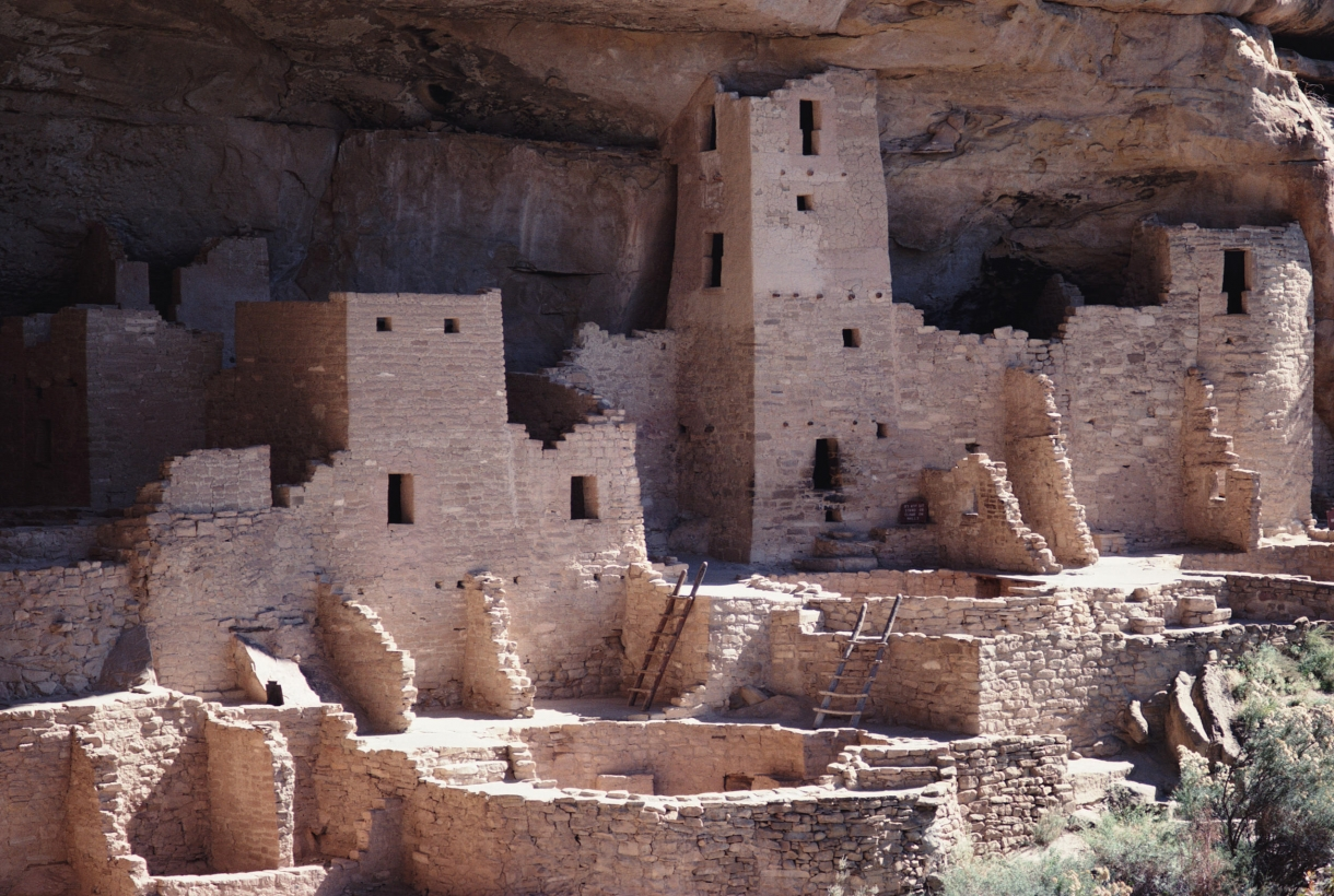 Ancestral Puebloan cliff dwellings at Mesa Verde