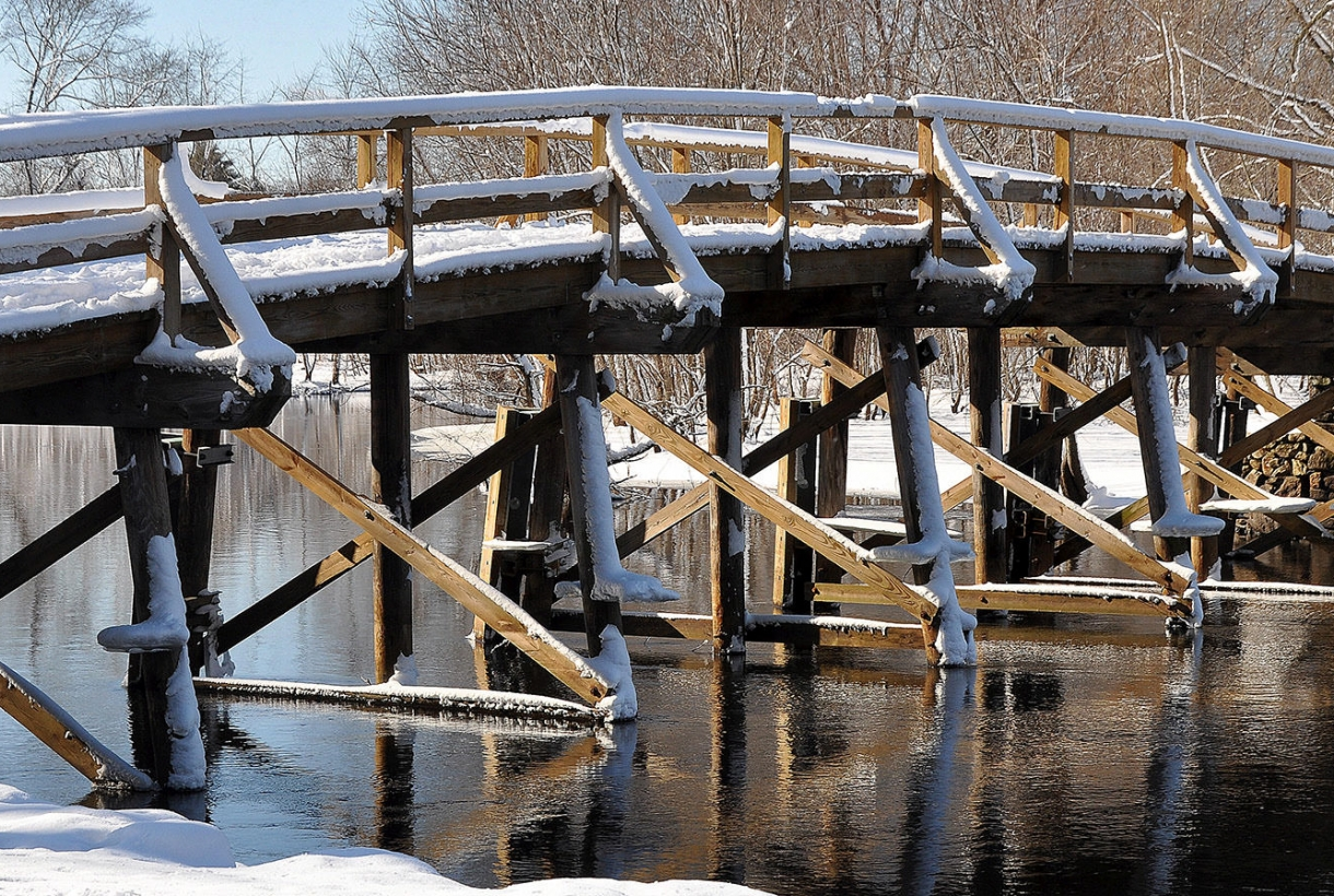 Snowy Image of bridge at Minute Man National Historical Park