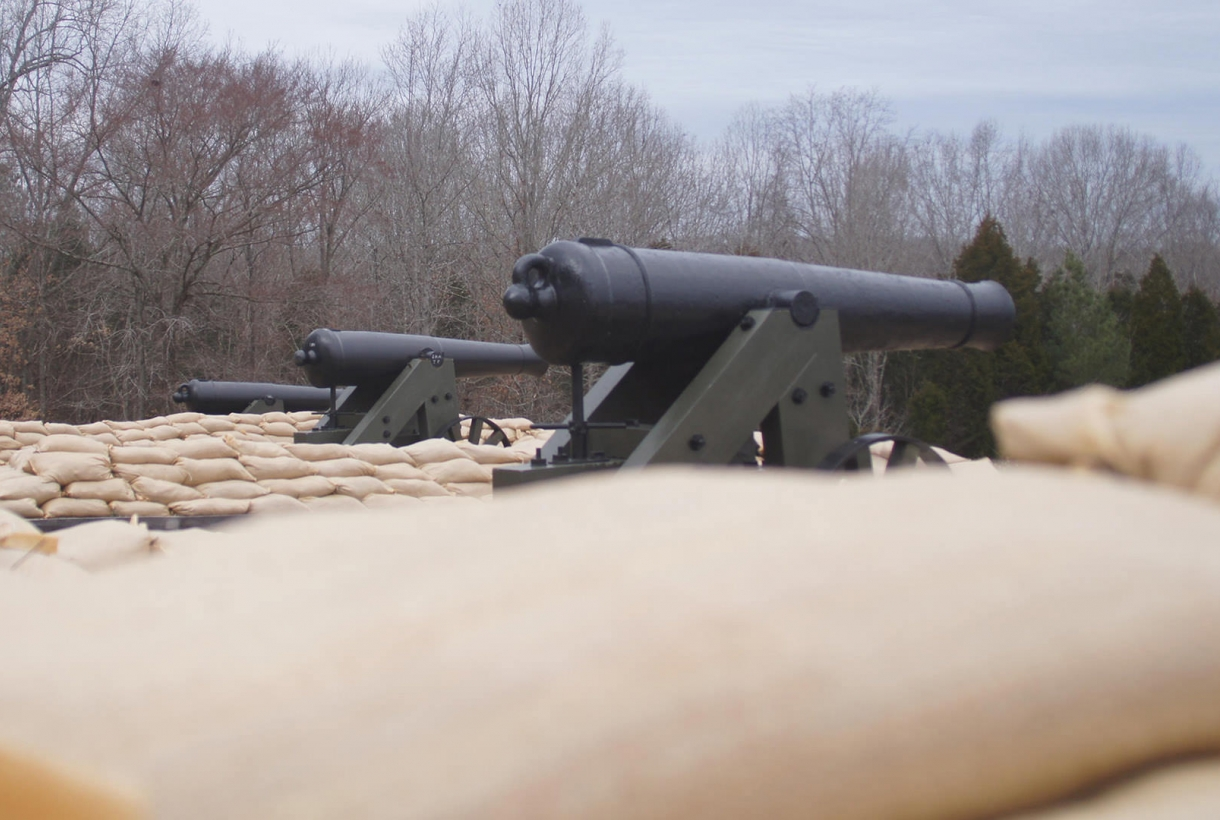 Cannon at Fort Donelson National Battlefield