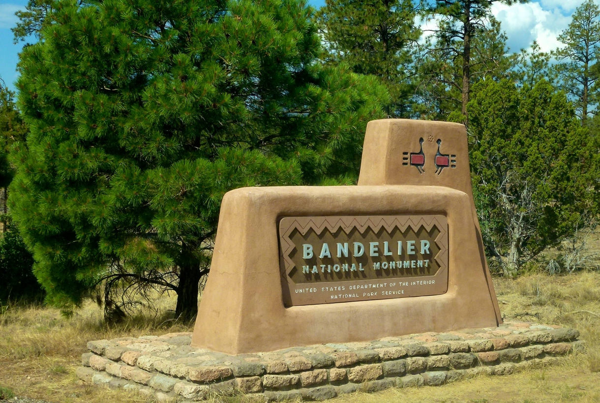 Bandelier National Park entry sign
