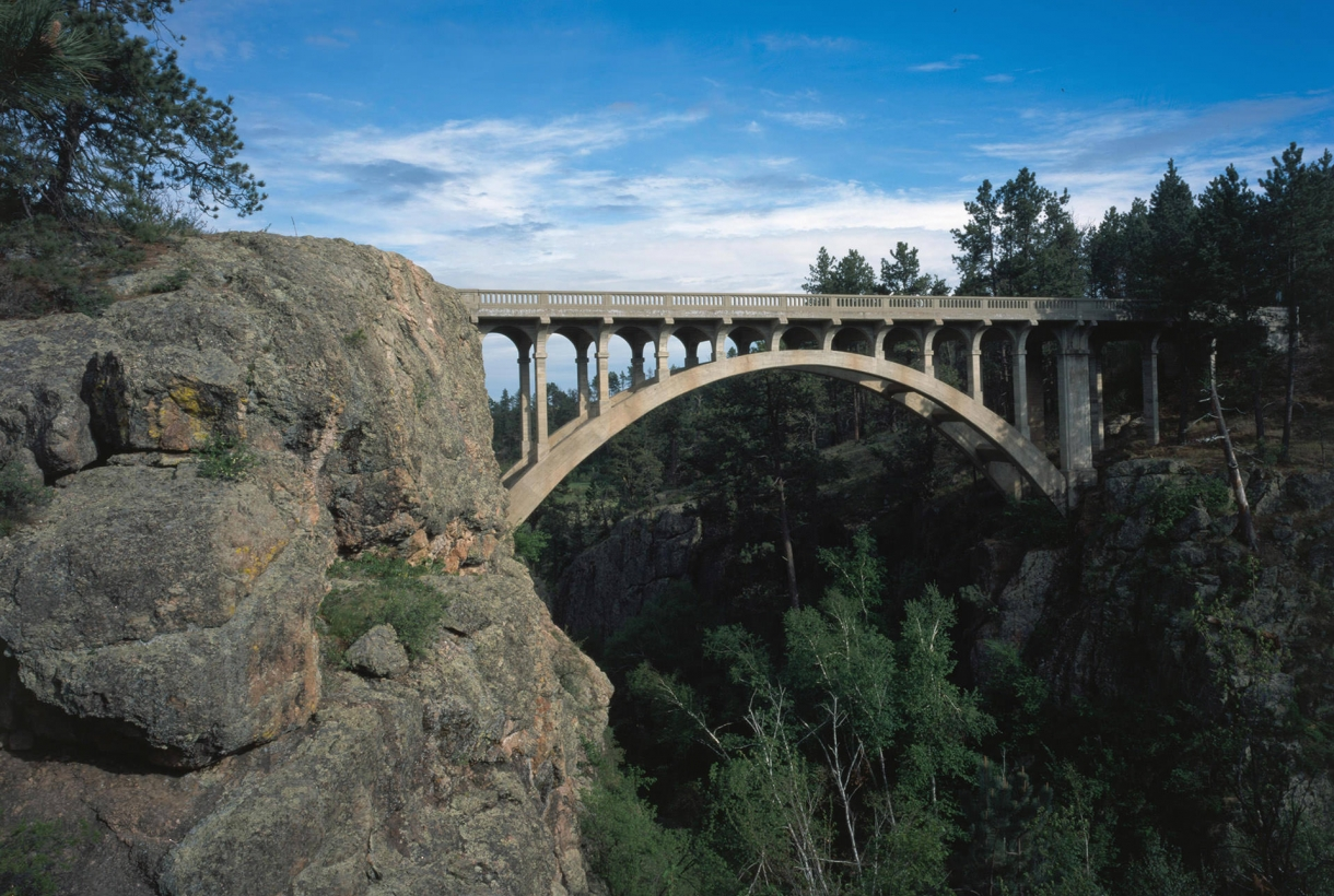 Image of sunny Beaver Creek Bridge in Wind Cave National Park