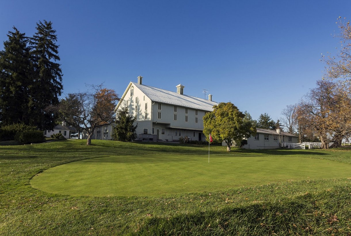 Putting green and barn at Eisenhower National Historic Site
