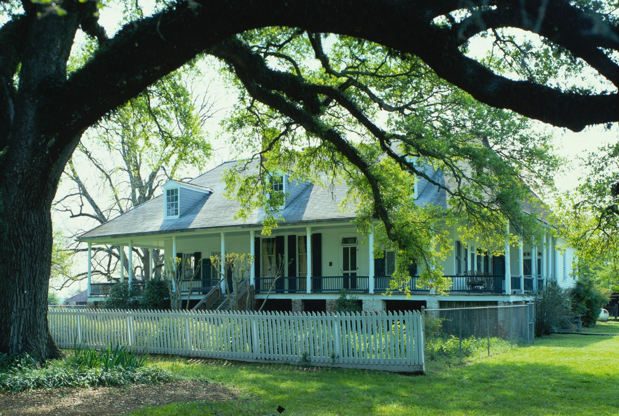 Oakland Planation house at Cane River Creole National Historical Park and Heritage Area