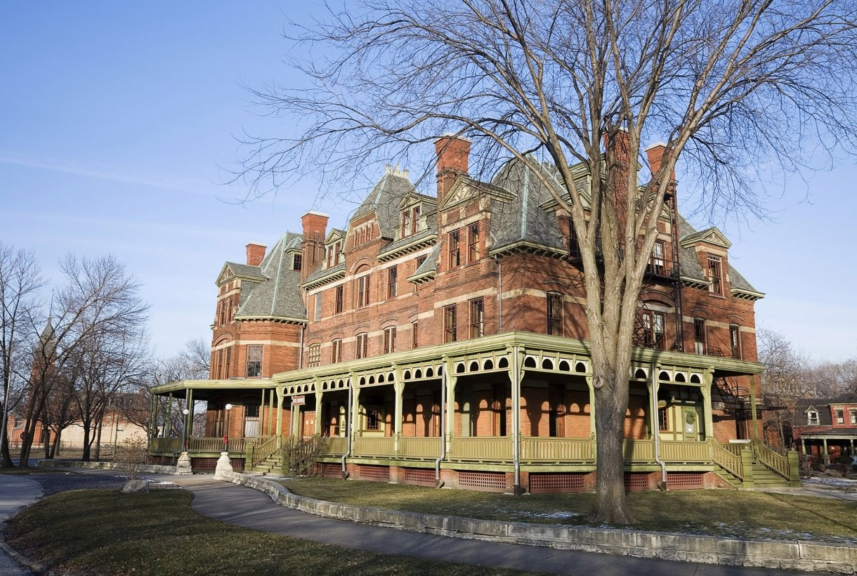 Pullman House is a large brick mansion in classic victorian architectural style