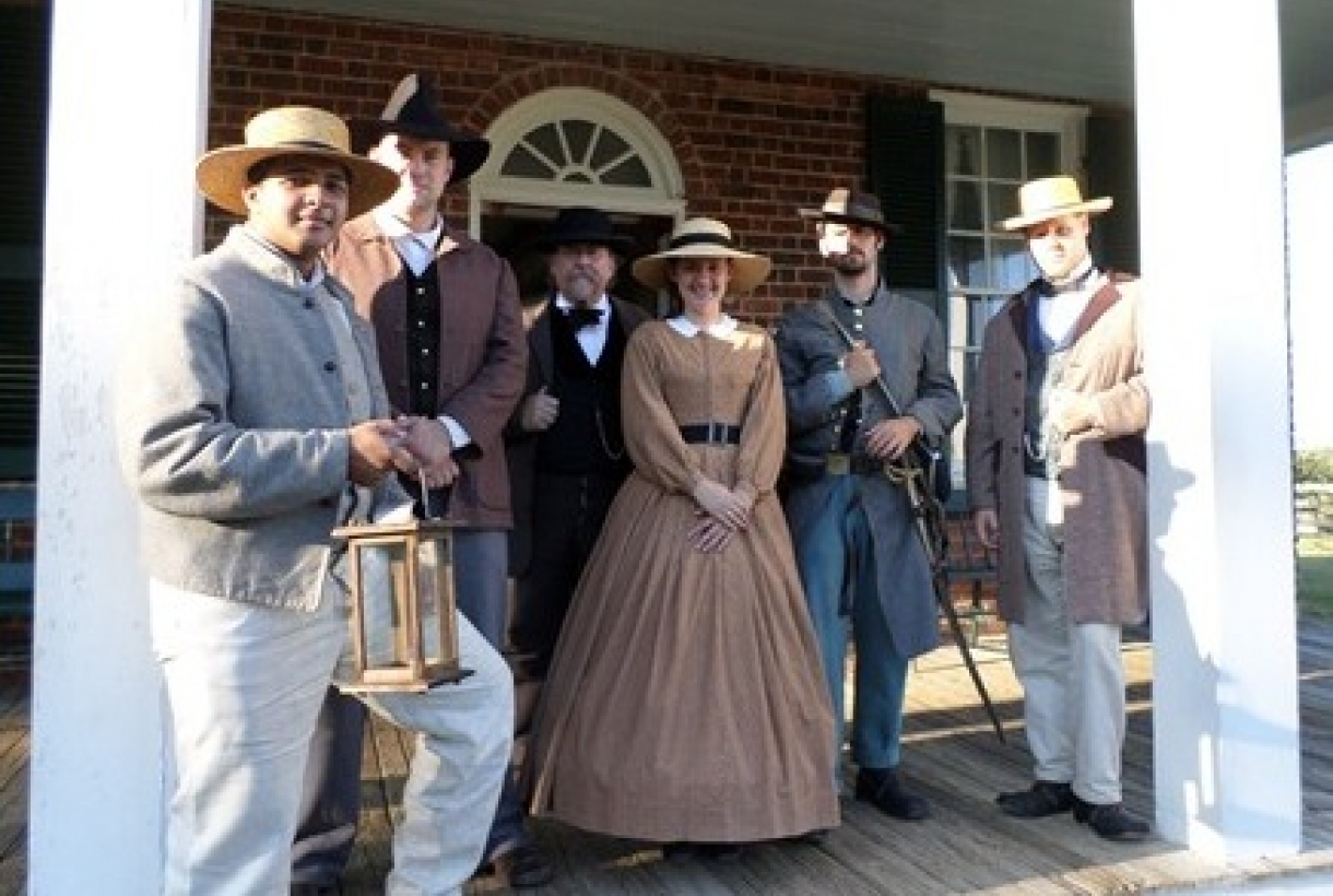 Historical interpreters from Appomattox Court House National Historic