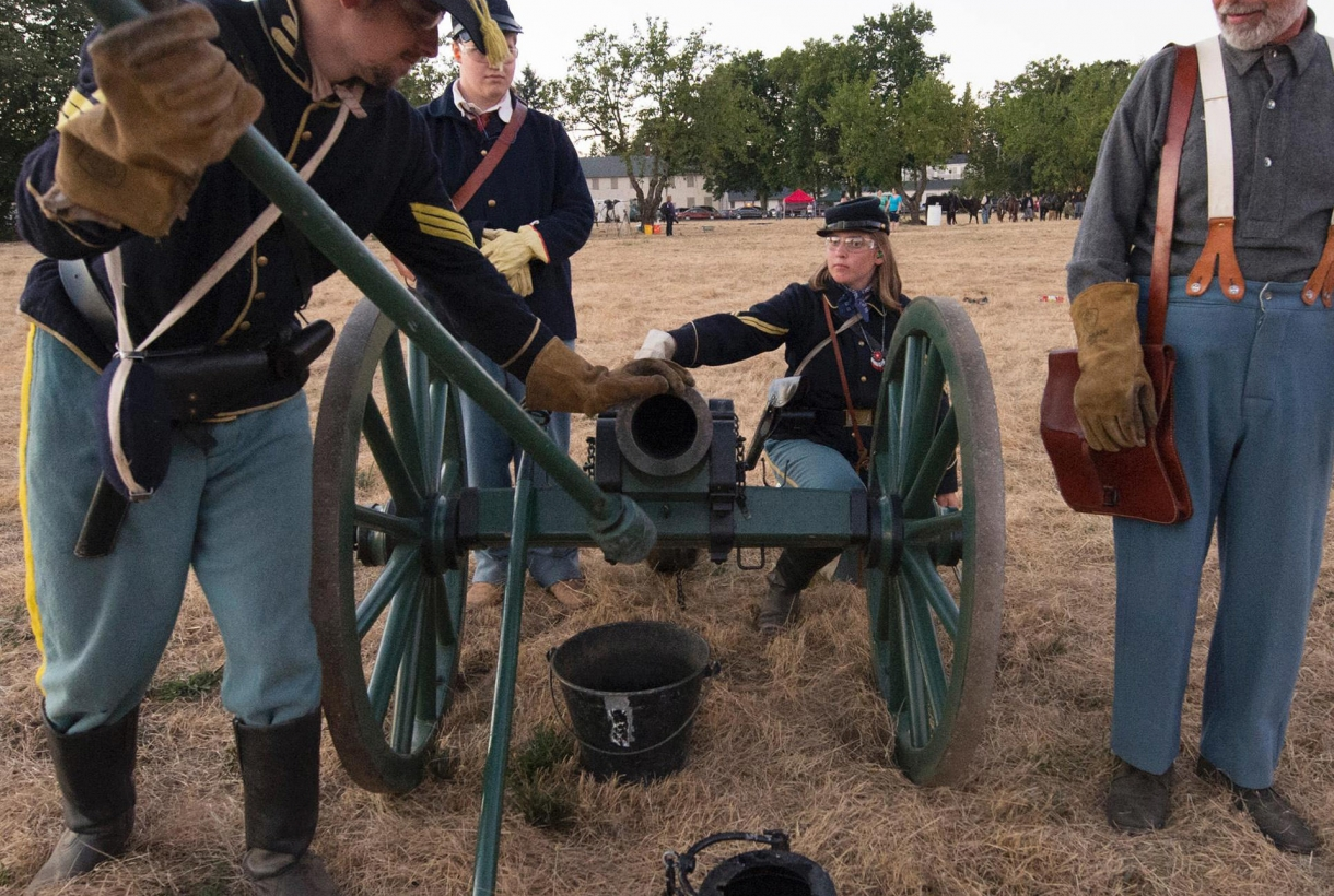Reenactors loading cannon at Fort Vancouver National Historic Site