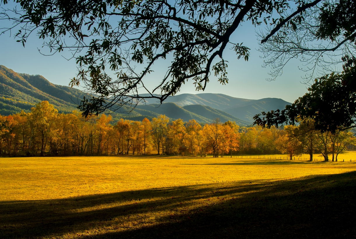 Sun hitting the plains and mountain range at Great Smoky Mountains National Park