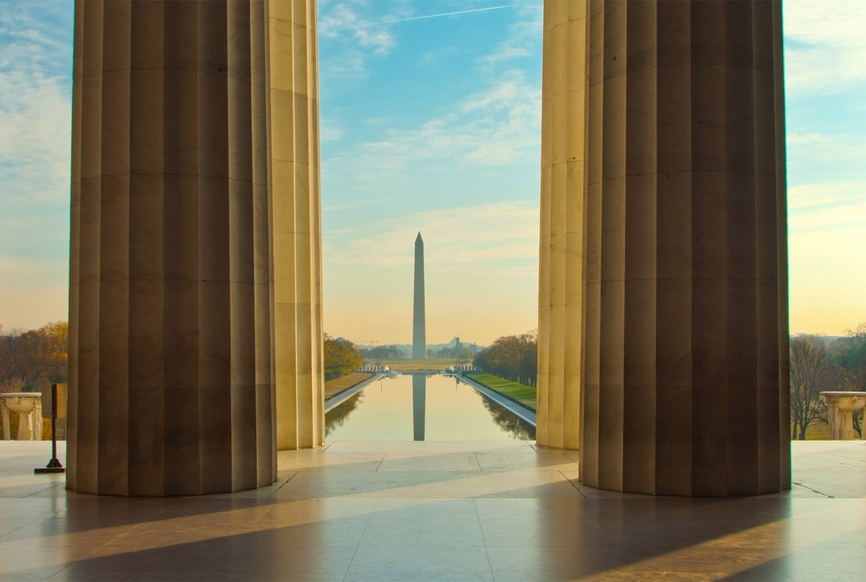 Washington Monument seen from Lincoln Memorial