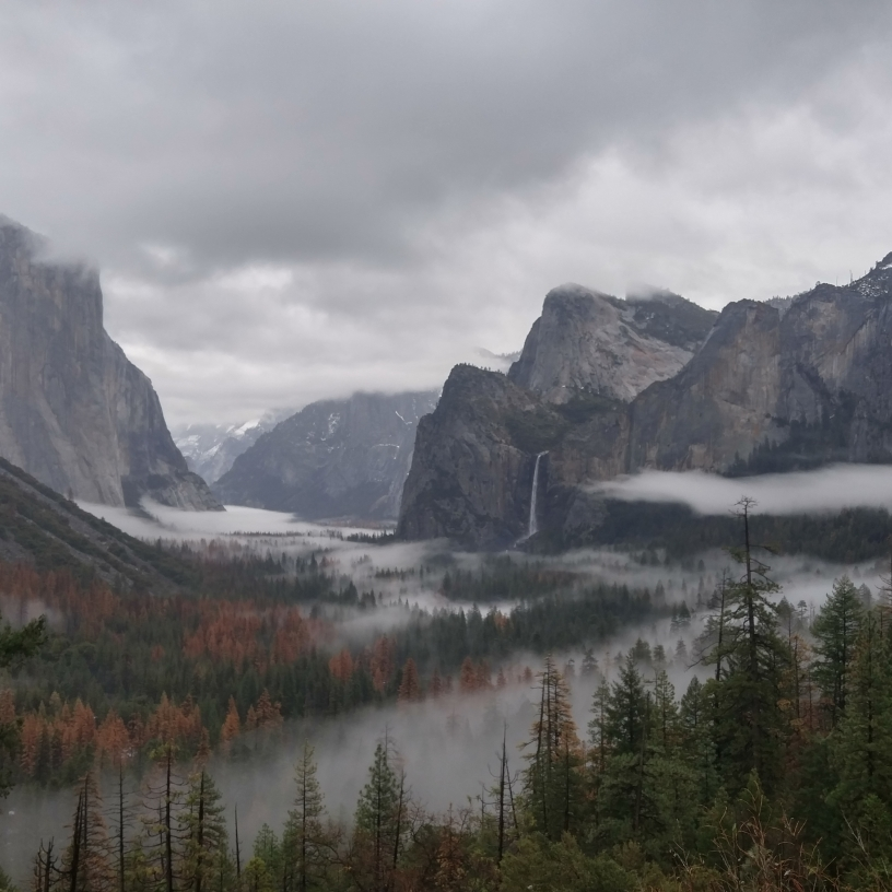 Yosemite Valley, Tunnel View, Bridalveil Fall