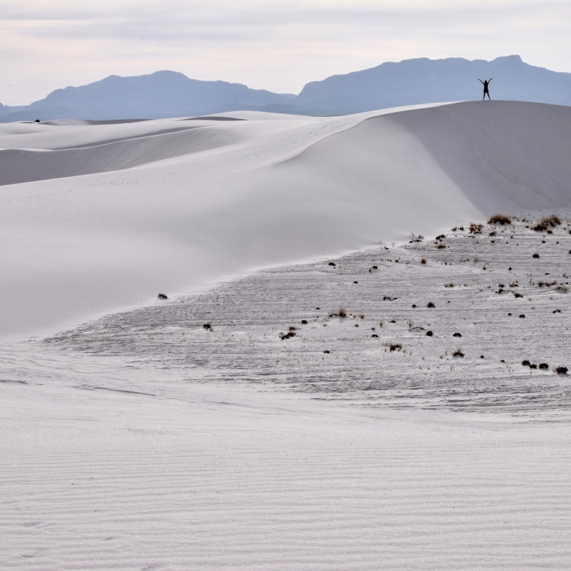 White dunes to the horizon