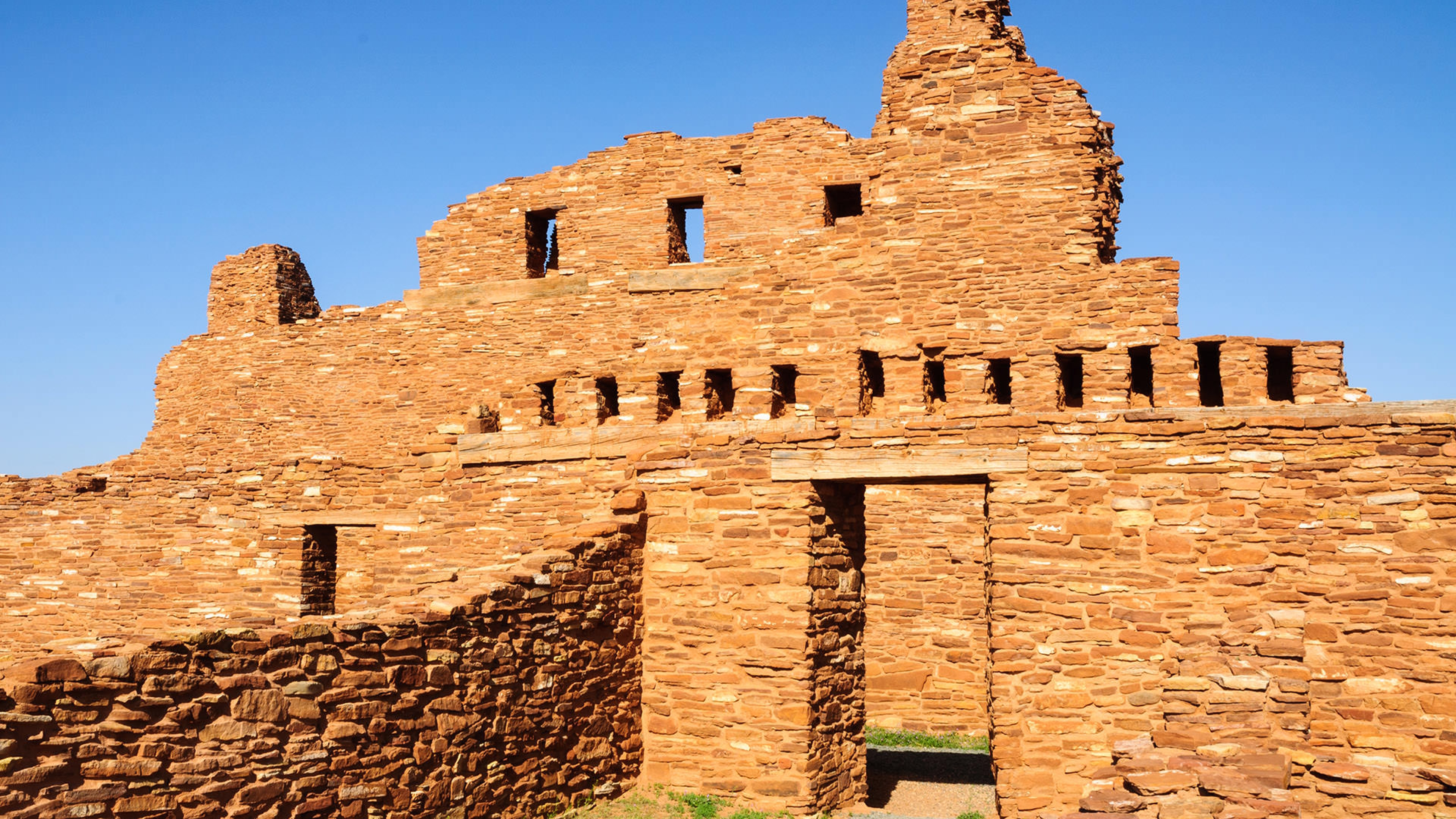 close up picture of entrance to Salinas Pueblo Mission ruins