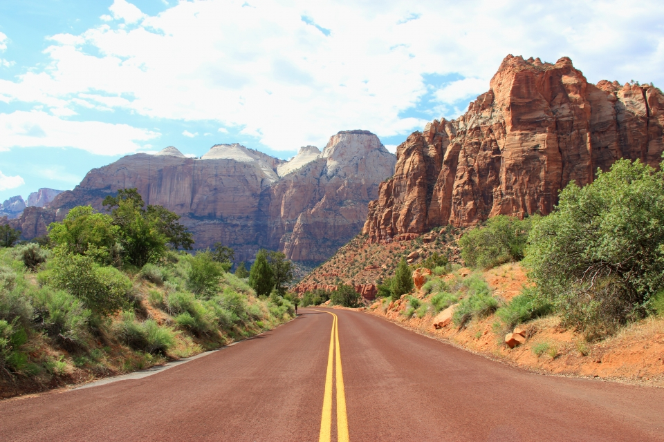 Road leading to Zion National Park in the horizon