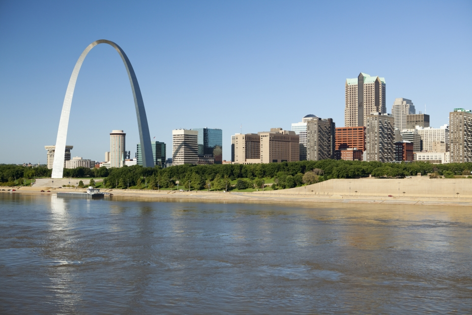 View of St. Louis Gateway Arch from the Mississippi River