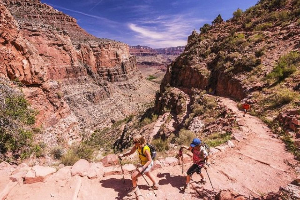 Hikers in Grand Canyon National Park (OARS)