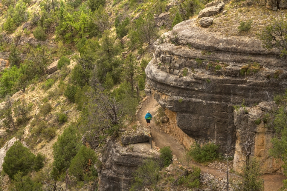 Jogger running through Walnut Canyon National Monument by Sue Cullumber via Share the Experience