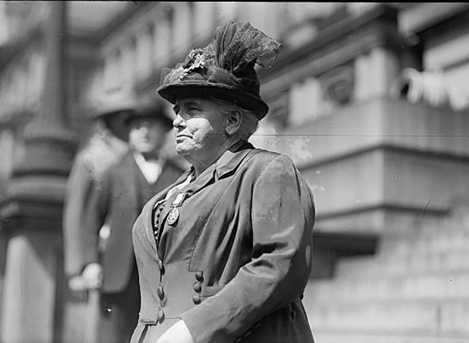 Black and white photo of Anna Howard Shaw
