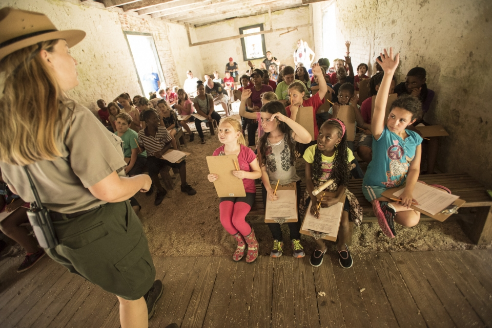 NPS Ranger teacher students in a classroom