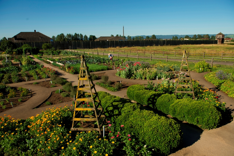 Fort Vancouver and its garden in spring