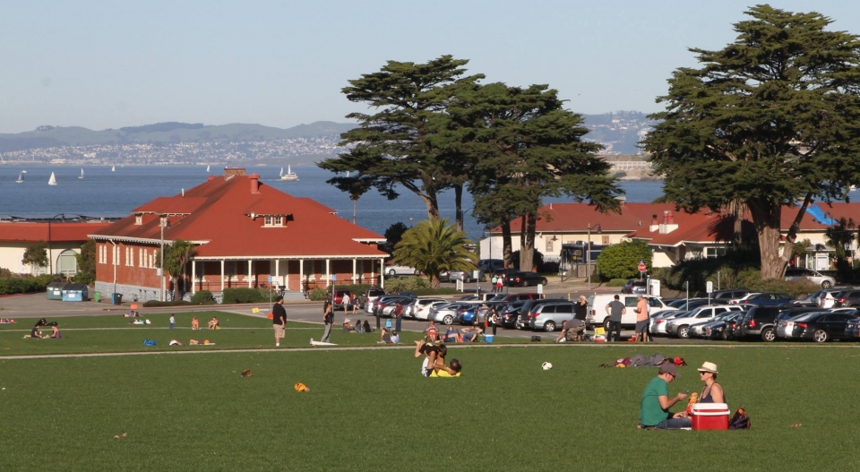 People picnicking at the Presidio at Golden Gate National Recreation Area