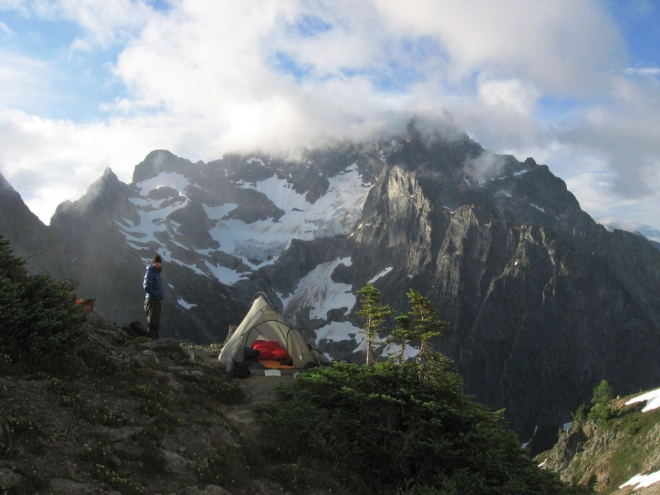 Backpacking at Easy Pass at North Cascades National Park