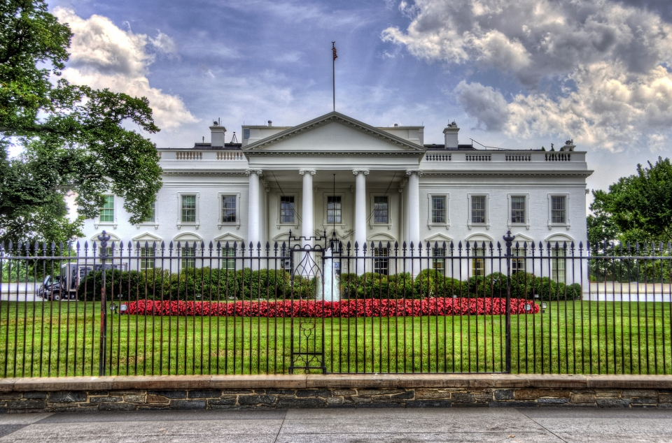 The White House behind a fence.