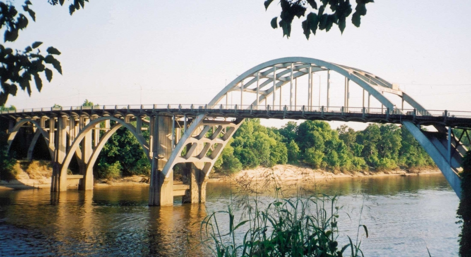A view of the Edmund Pettus Bridge over the Alabama River in Selma, Alabama