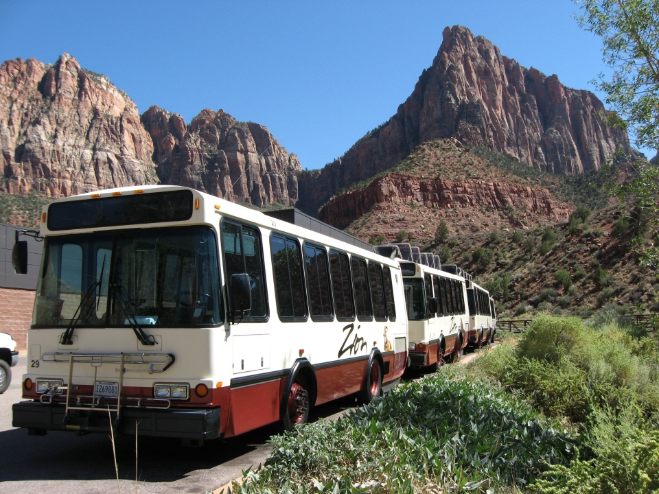 Free shuttle service at Zion National Park