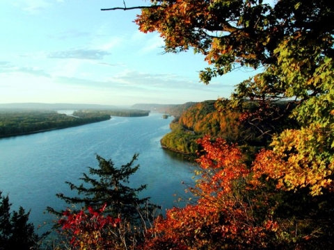 Autumn foliage and river at the Effigy Mounds National Monument
