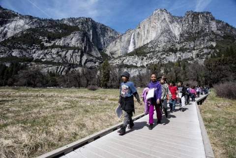 Ranger with Rivera Elementary students in Yosemite
