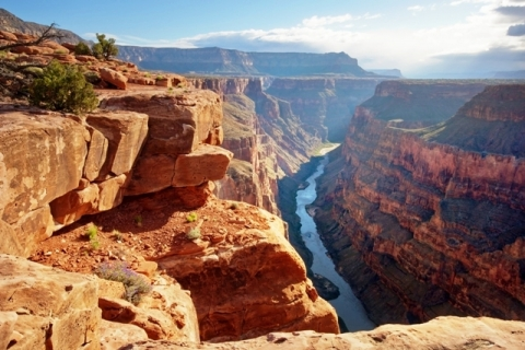 Stunning photo of Grand Canyon National Park on a sunny day, Sam Brown's first National Park